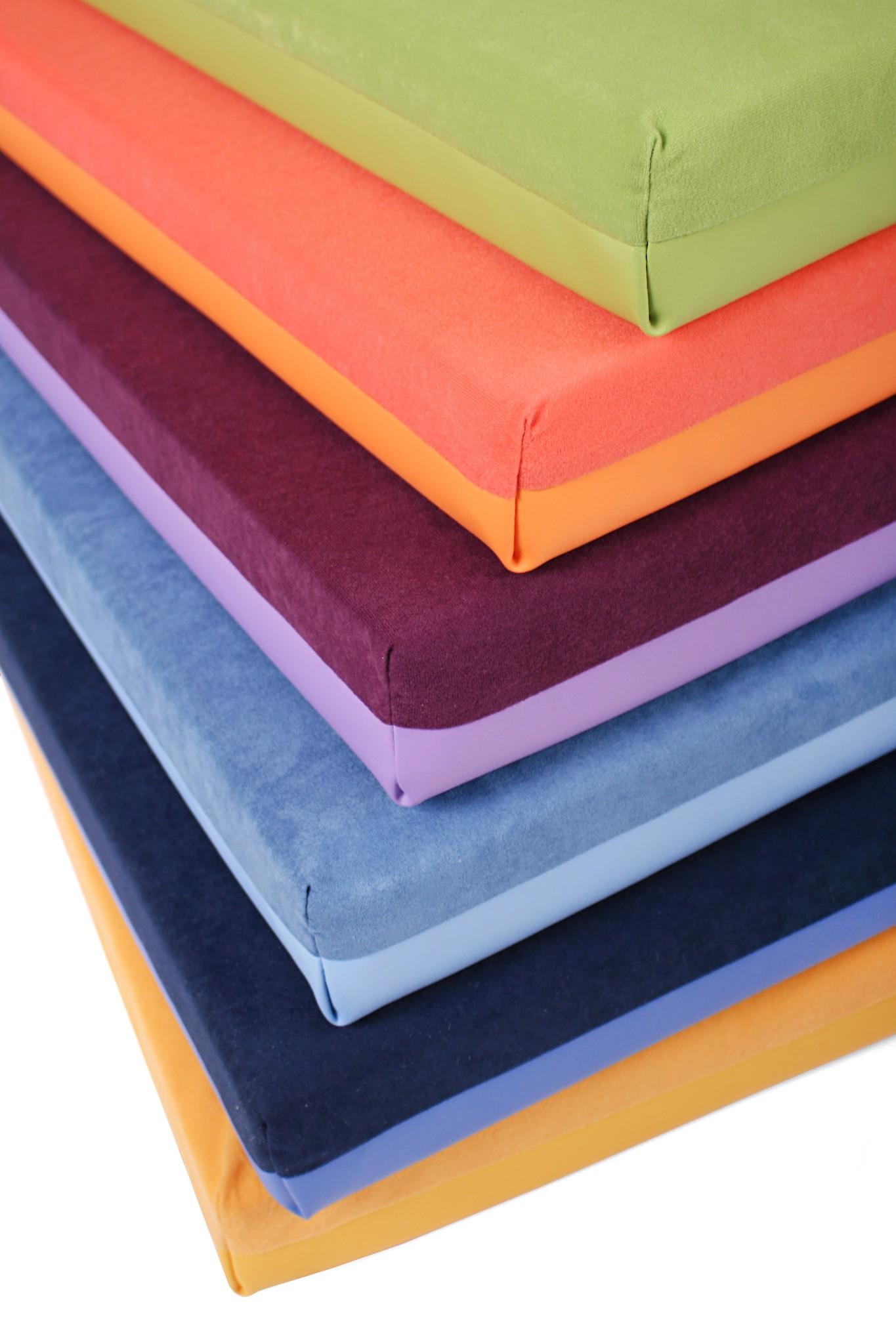 spiel und liegepolster f r kinder krabbelbecken. Black Bedroom Furniture Sets. Home Design Ideas